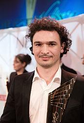 Ivan Bazak Nestroy-Theaterpreis 2015.jpg