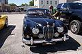 Jaguar MkII 1967 340 HeadOn Lake Mirror Cassic 16Oct2010 (15001658722).jpg