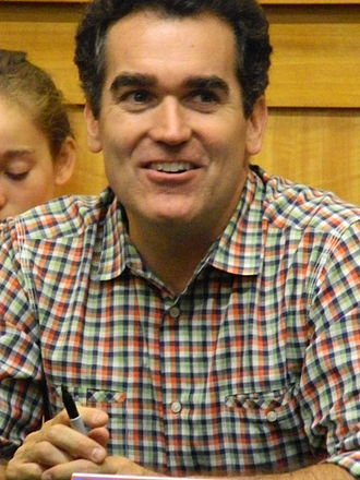Brian d'Arcy James - James visiting a New York Barnes & Noble location for CD signing