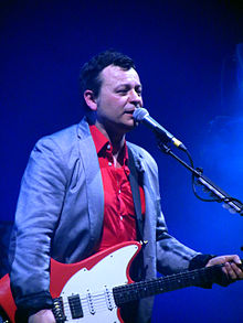 James Dean Bradfield 2014.jpg
