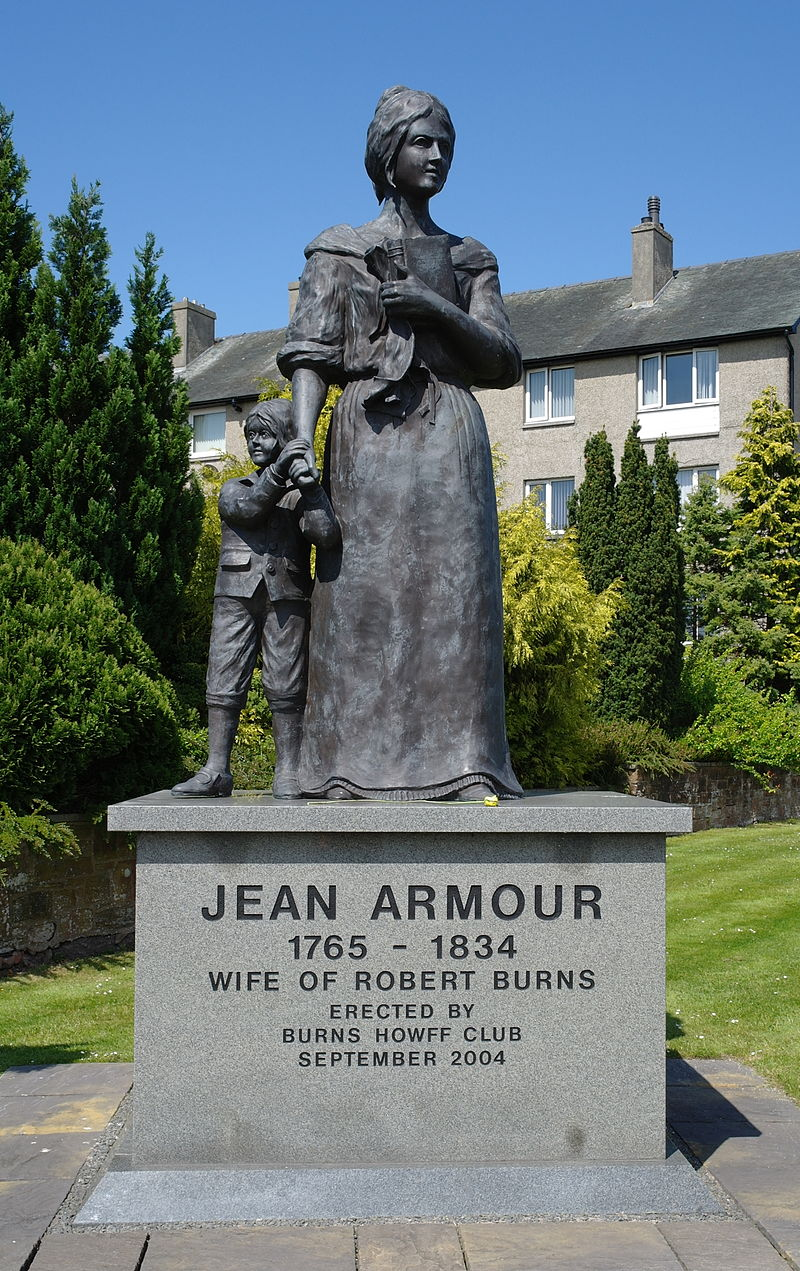 Statue of Jean Armour in Dumfries (Wikipedia)