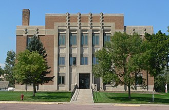 Jerauld County, South Dakota - Image: Jerauld County courthouse, SD, from E 1