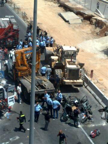 Jerusalem tractor run over terror attack2 02-07-08