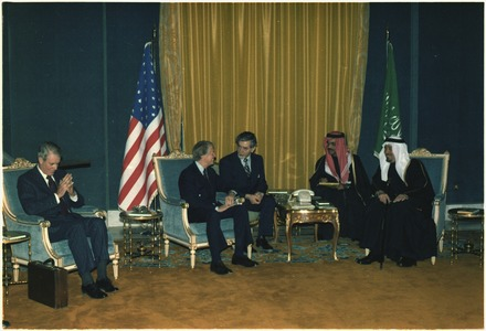 U.S. President Jimmy Carter meets with King Khalid and Crown Prince Fahd in January 1978 Jimmy Carter and Cyrus Vance meet with Crown Prince Fahd and King Khalid of Saudi Arabia. - NARA - 177434.tif
