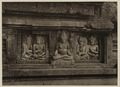 KITLV 40054 - Kassian Céphas - Reliefs on the terrace of the Shiva temple of Prambanan near Yogyakarta - 1889-1890.tif