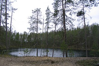 Kettle (landform) - A kettle pond in the Hossa hiking area, Suomussalmi, Finland