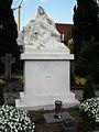 Kißlegg Grabmal des fürstlichen Hospital Bärenweiler Mai 2012 Tote.JPG