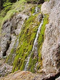 Klacky vodopad.jpg