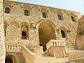 Kloster Deir az-Zafaran Kurkmo Dayro Deyrüzzaferân Manastırı Dayro d-Mor Hananyo (syrisch-orthodox (jakobitisches)) (25572241107).jpg