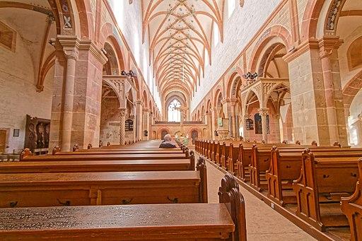 Kloster Maulbronn: Laienkirche (Bruderchor) mit Blick nach Osten zum Lettner und der Mönchskirche (Herrenchor).