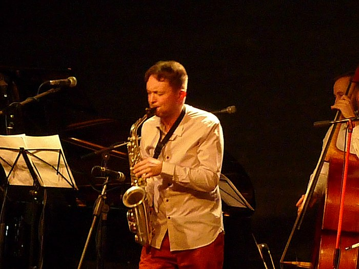 Krugliy Band in Cultural Centre DOM (2020 02 02) 04.jpg