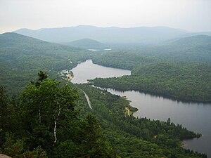 Mont-Tremblant National Park - Lac Monroe dans le secteur de la Diable