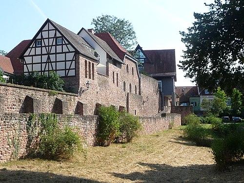 Ladenburger-Stadtmauer-04.JPG