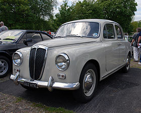 https://upload.wikimedia.org/wikipedia/commons/thumb/6/65/Lancia_%283496663950%29.jpg/280px-Lancia_%283496663950%29.jpg