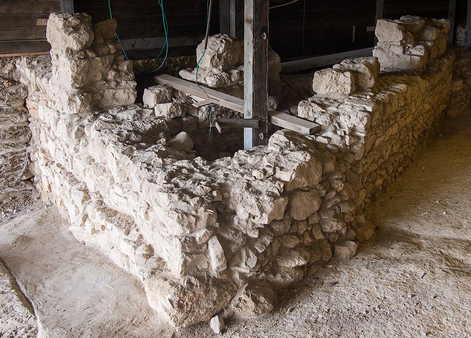 Large Stone Structure Jerusalem (30182)