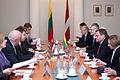 Latviju oficiālā vizītē apmeklē jaunievēlētais Lietuvas Seima priekšsēdētājs (8267123774).jpg