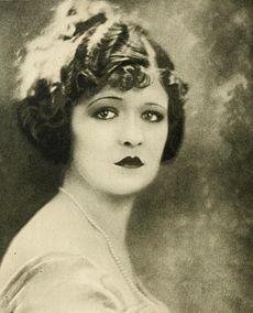 Laura La Plante Stars of the Photoplay.jpg