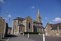Le Gouray Kirche.jpg