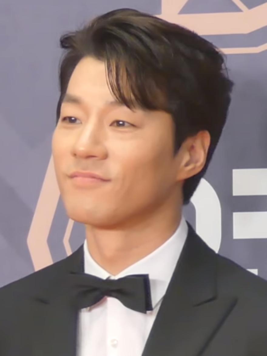 yeon seo dating agencija cyrano
