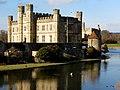 Leeds Castle - IMG 3155 (13249792424).jpg