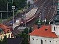 Libčice nad Vltavou, nádraží, z pole nad Kralupskou.jpg