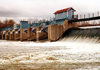 Fox–Wisconsin Waterway - View of a typical dam at the head of the Little Chute Locks and Canal along the Fox River.
