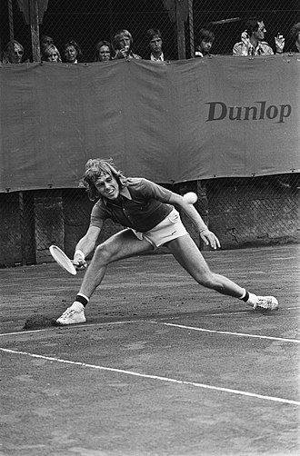 John Lloyd (tennis) - Lloyd at the Dutch Open in 1975