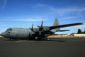 Lockheed C-130H Hercules (NZ7002) of No 40 Squadron of the Royal New Zealand Air Force at Hobart International Airport.jpg