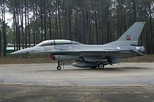 Lockheed Martin F-16B Fighting Falcon, Portugal - Air Force JP7564981.jpg