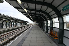 London DLR Pontoon Dock station.jpg