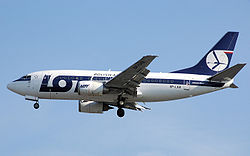 Lot.b737-500.sp-lkb.arp.jpg