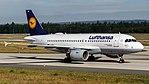 Lufthansa Airbus A319-112 (D-AIBD) at Frankfurt Airport.jpg