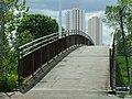 M8 motorway footbridge (geograph 3010577).jpg
