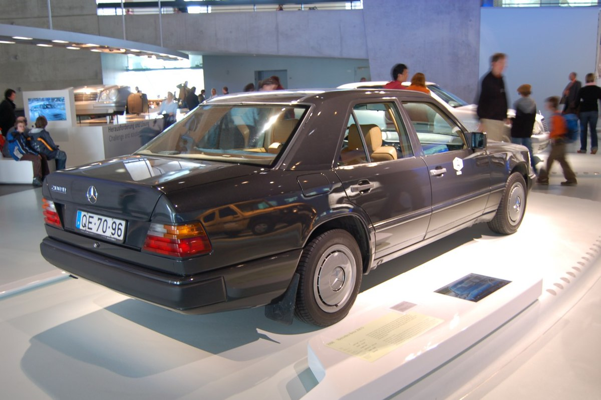 Mercedes Benz W124 Wikipedia