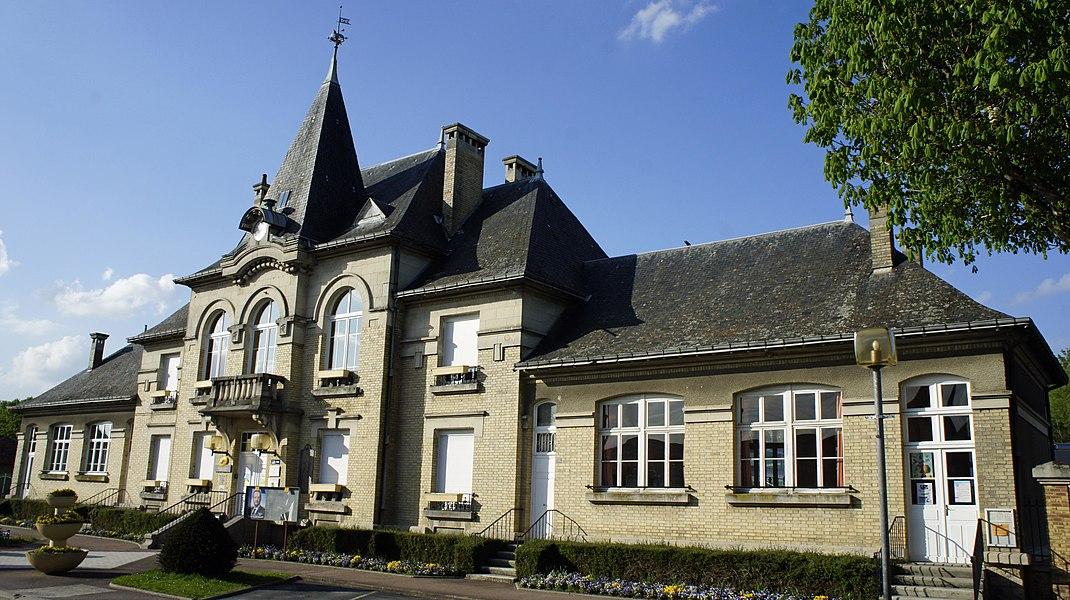 Mairie à Loivre.