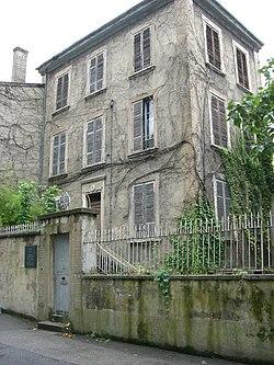250px-Maison_du_docteur_Dugoujon.jpg