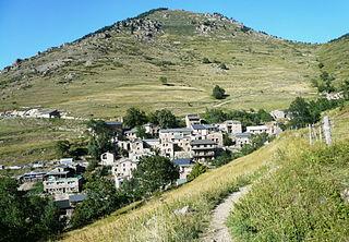 Mantet Commune in Occitanie, France