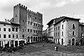 Massa marittima, palazzo comunale, 02 bn.jpg