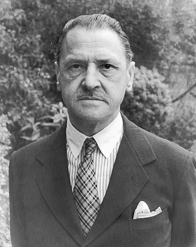 Picture of an author: W. Somerset Maugham