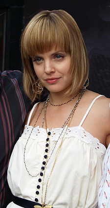 Mena Suvari by David Shankbone.jpg