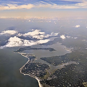 Oyster Bay (town), New York - Aerial view on takeoff from Laguardia of Mill Neck Creek and Oyster Bay on the north shore of Long Island