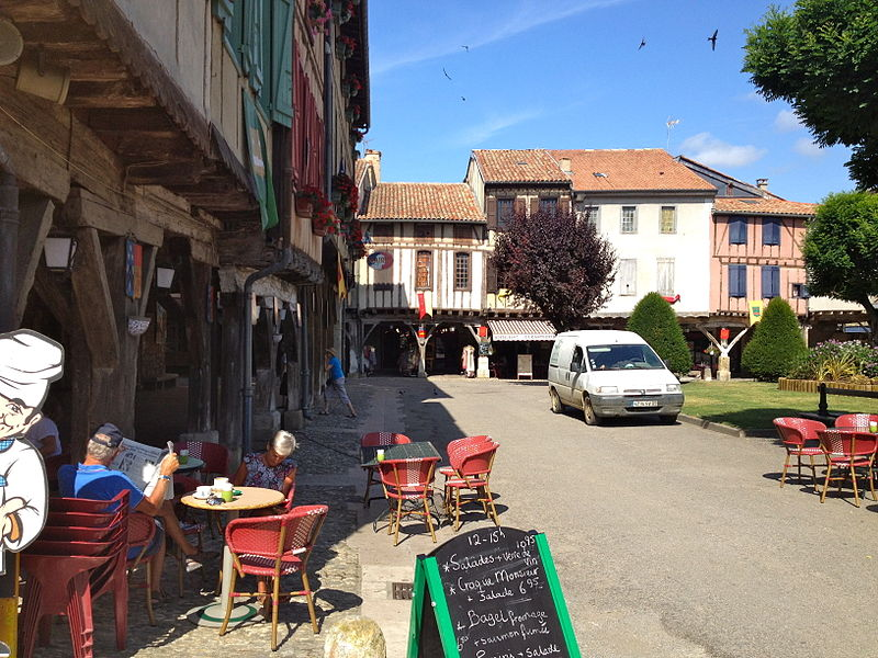 The Mirepoix square in summer