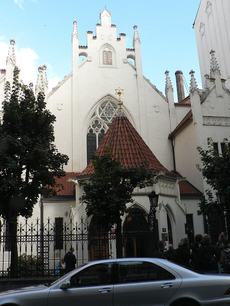 Mizelova-synagogue01