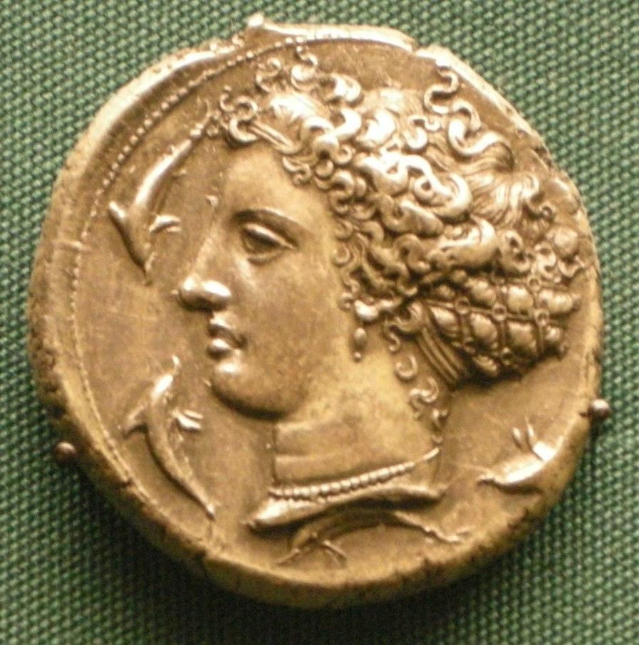 Moneta d'argento di siracusa, 415-400 ac. circa, testa di aretusa