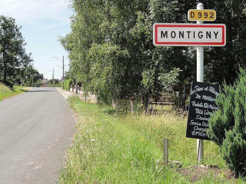 Montigny (M-et-M) city limit sign