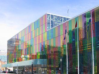 Palais des congrès de Montréal - Palais des congrès, as seen from Place Jean-Paul-Riopelle.
