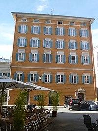 Mozartplatz 3-1.jpg