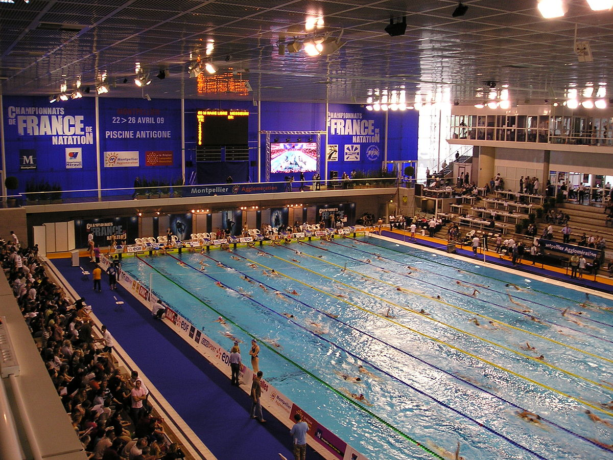 Piscine olympique d 39 antigone wikip dia for Construction piscine olympique aubervilliers