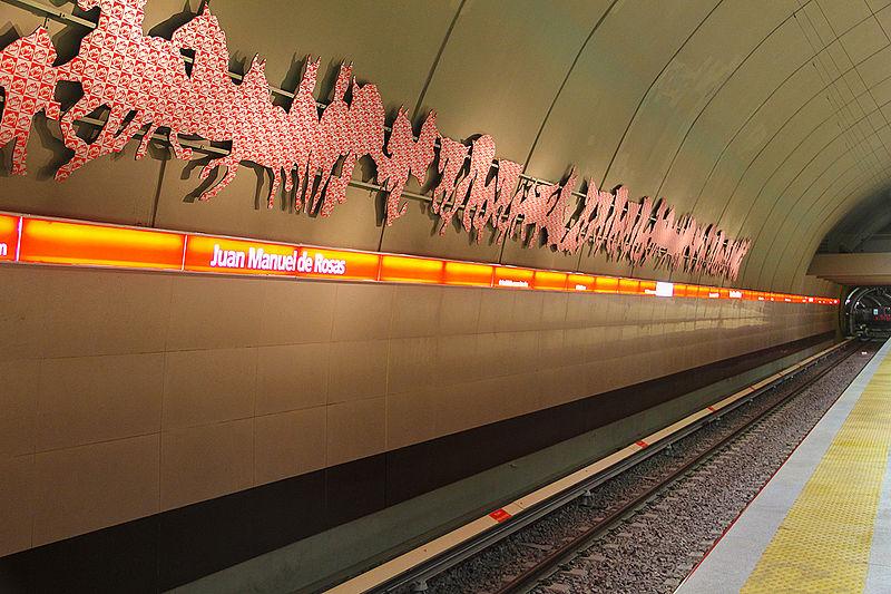 Archivo:Mural lateral de la estación J. M. de Rosas.jpg