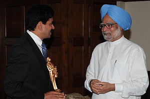Gopinath Muthukad - Muthukad with Former Prime Minister of India, Dr. Manmohan Singh, at 2012